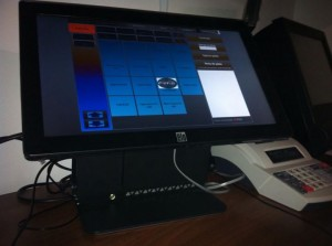 Sistem POS All in One ELO15 software restaurant
